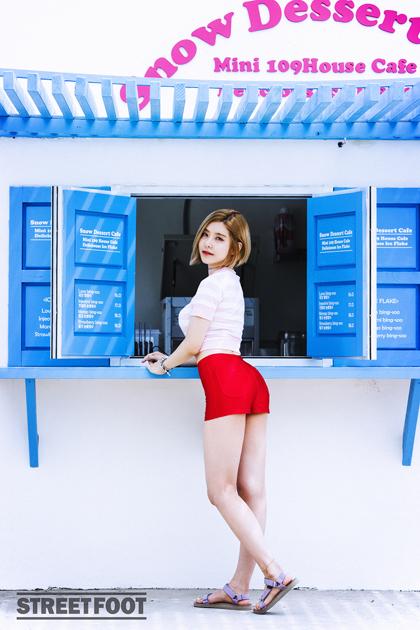 Soda_sneak06sm